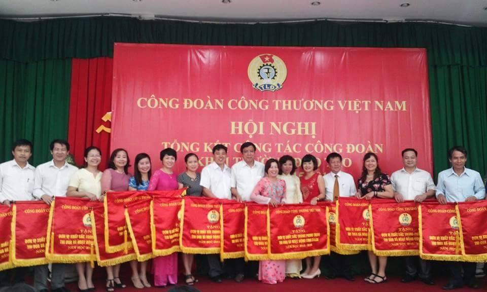 Công đoàn trường ĐH Công nghiệp Quảng Ninh tham dự Hội nghị Tổng kết công tác công đoàn khối trường đào tạo