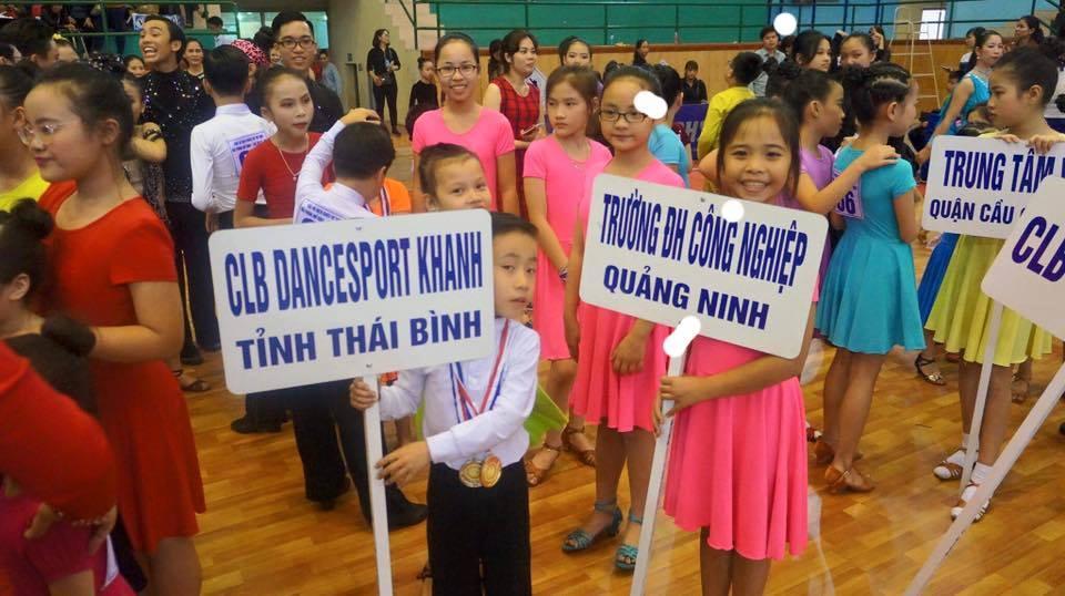 CLB khiêu vũ trường ĐH Công nghiệp Quảng Ninh tham gia thi đấu tại Giải Vô địch Khiêu vũ Thể thao Hải Phòng mở rộng lần thứ XII - năm 2017