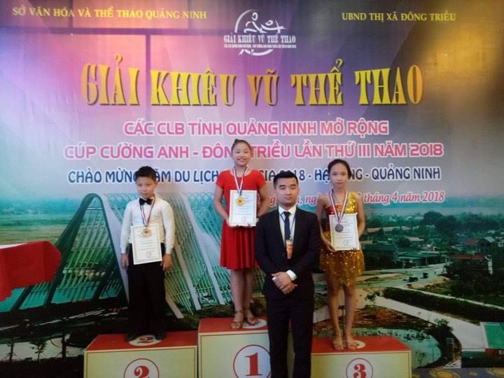 CLB khiêu vũ trường ĐH Công nghiệp Quảng Ninh tham gia Giải KVTT các CLB tỉnh Quảng Ninh mở rộng Cúp Cường Anh - Đông Triều lần thứ III năm 2018