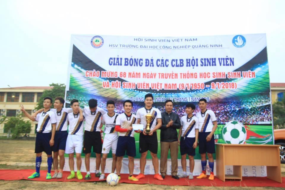 Bế mạc Giải bóng đá HS-SV chào mừng chào mừng 68 năm  ngày truyền thống HS-SV và Hội Sinh viên Việt Nam