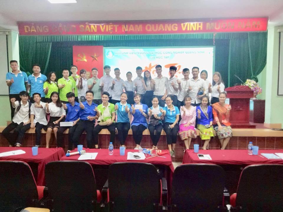 Sôi nổi Hội thi Tìm hiểu truyền thống trường Đại học Công nghiệp Quảng Ninh