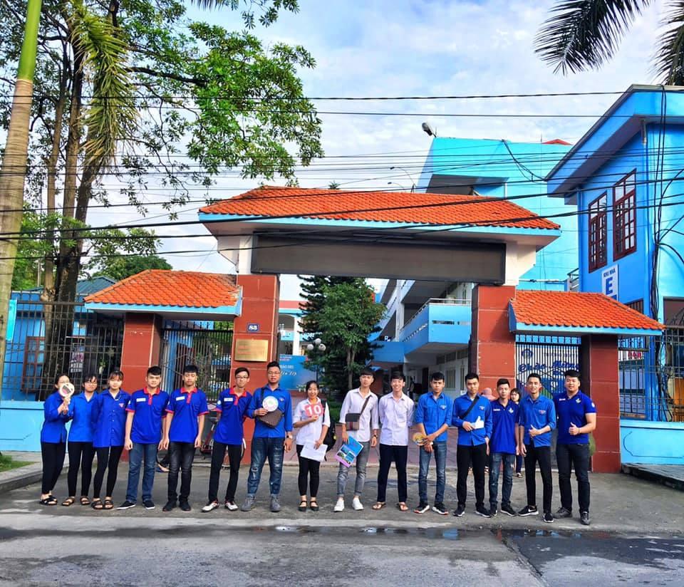 ĐVTN trường ĐHCN Quảng Ninh tham gia Tiếp sức mùa thi năm 2019