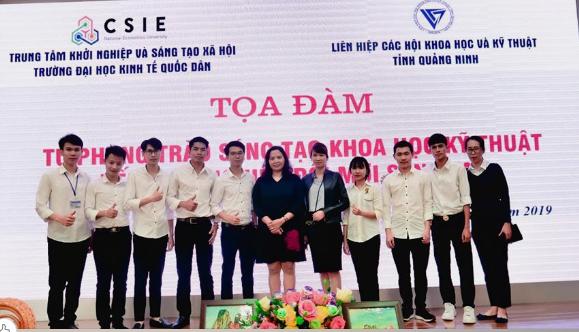 """Sinh viên trường Đại học Công nghiệp Quảng Ninh tham gia Tọa đàm """"Từ phong trào sáng tạo KHKT đến khởi nghiệp đổi mới sáng tạo"""""""