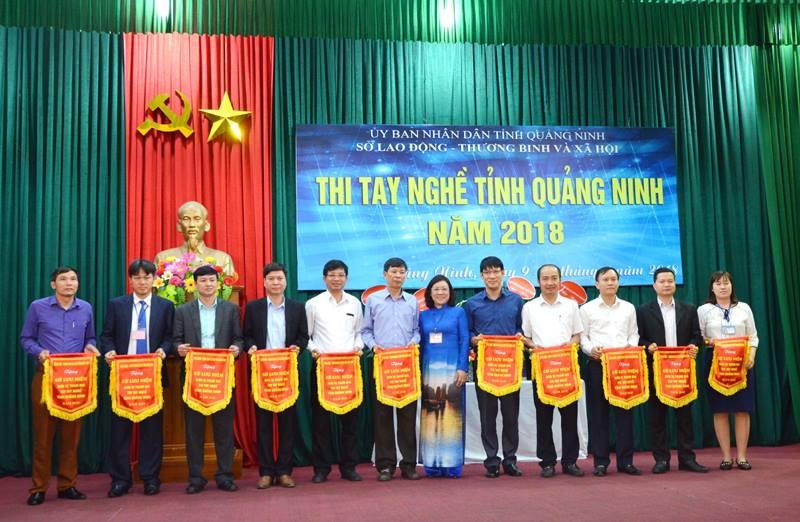 Sinh viên Trường ĐH Công nghiệp Quảng Ninh tham gia Hội thi tay nghề tỉnh Quảng Ninh năm 2018