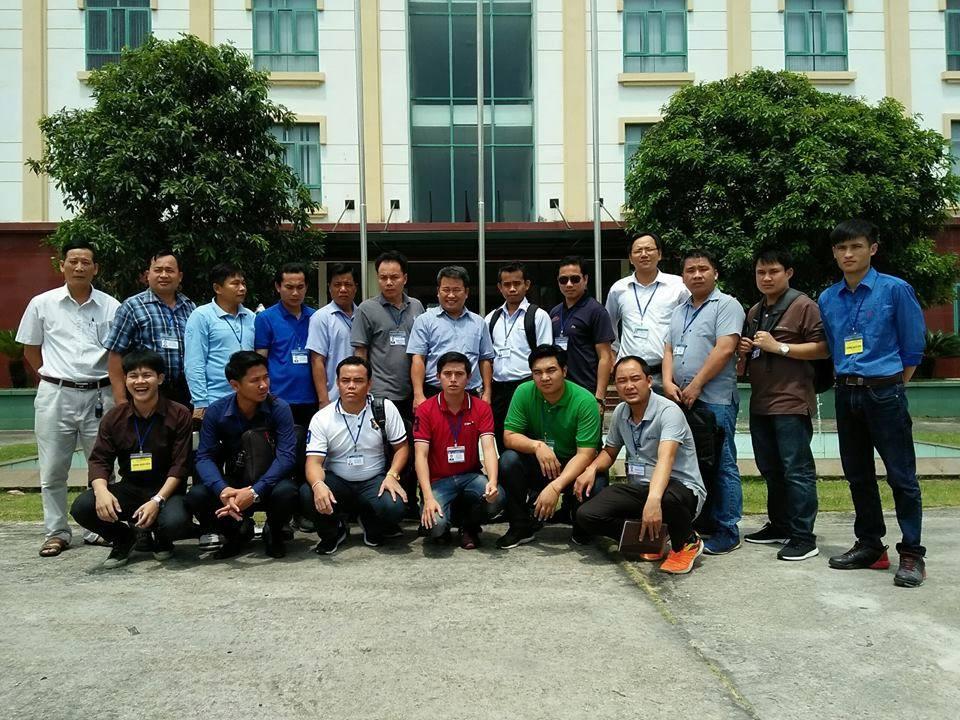 Đoàn cán bộ Bộ Năng lượng và Mỏ nước CHDCND Lào  thăm Trung tâm An toàn Mỏ