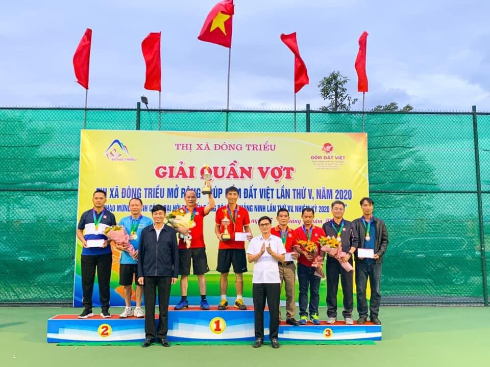 Trường Đại học Công nghiệp Quảng Ninh giành huy chương giải quần vợt Đông Triều mở rộng năm 2020