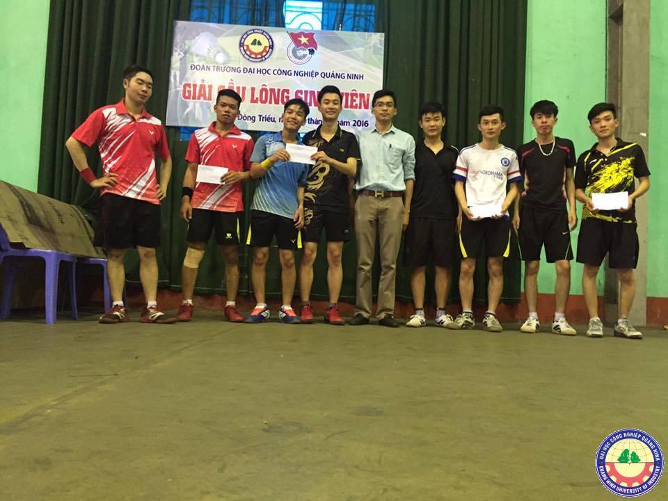 Sôi nổi Giải cầu lông HS-SV  năm 2016  trường ĐH Công nghiệp Quảng Ninh