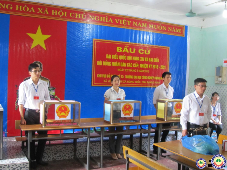 Trường Đại học Công nghiệp Quảng Ninh tổ chức thành công cuộc bầu cử đại biểu Quốc hội khóa XIV và Hội đồng nhân dân các cấp nhiệm kỳ 2016- 2021