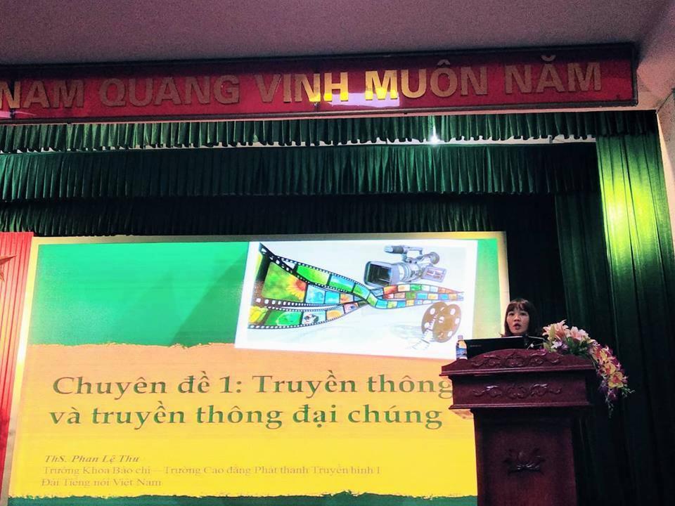 Khai giảng Lớp bồi dưỡng kỹ năng truyền thông cho đội ngũ cán bộ, viên chức trường Đại học Công nghiệp Quảng Ninh