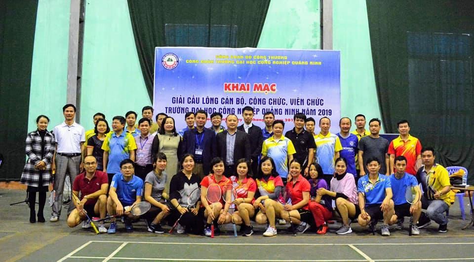 Trường ĐH Công nghiệp Quảng Ninh  khai mạc giải Cầu lông CBCCVC năm 2019