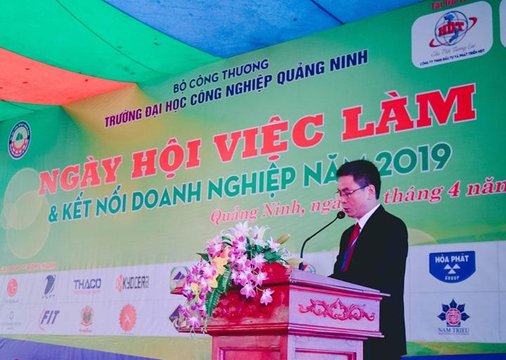 TS. Hoàng Hùng Thắng - Bí thư Đảng ủy, Hiệu trưởng nhà trường phát biểu tại chương trình