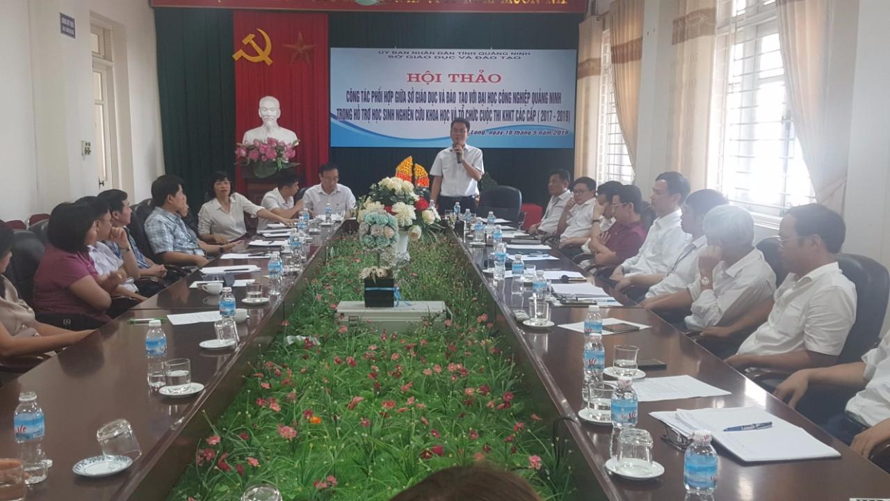 Hội thảo Đánh giá công tác phối hợp giữa Sở Giáo dục và Đào tạo với Trường Đại học Công nghiệp Quảng Ninh trong hỗ trợ học sinh nghiên cứu khoa học và tổ chức Cuộc thi khoa học các cấp.