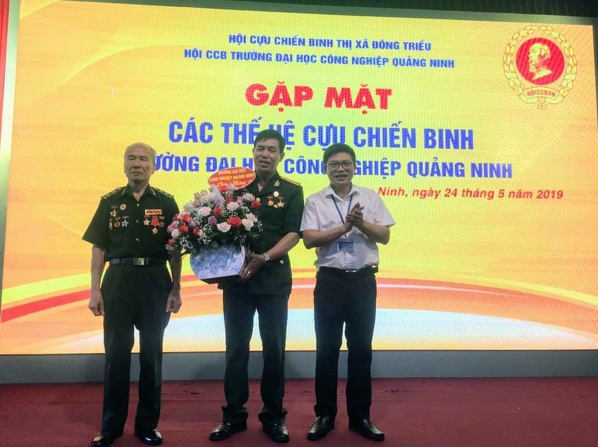 Gặp mặt các thế hệ cựu chiến binh trường Đại học Công nghiệp Quảng Ninh