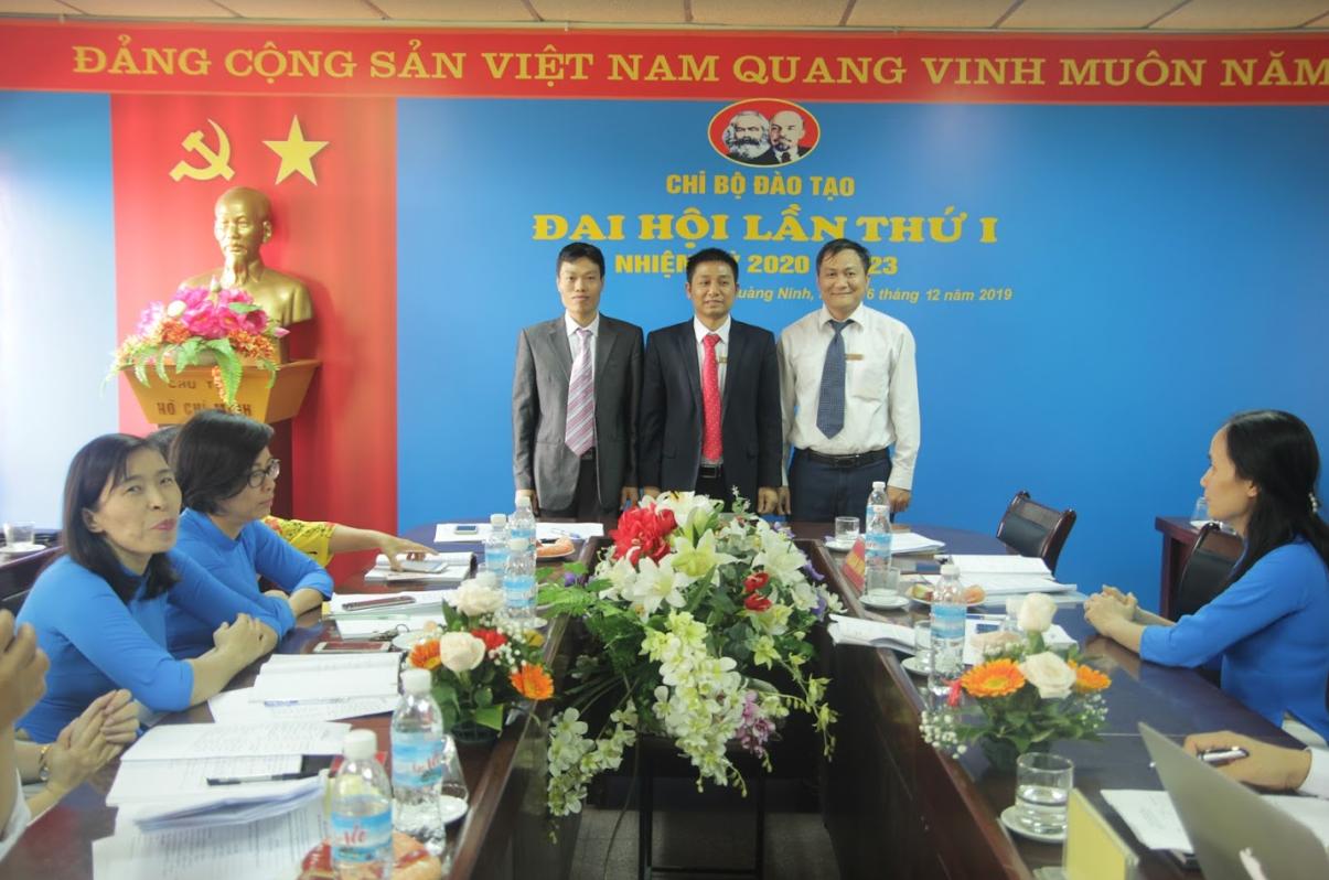 Đảng bộ trường Đại học Công nghiệp Quảng Ninh tổ chức thành công Đại hội Chi bộ nhiệm kỳ 2020-2023