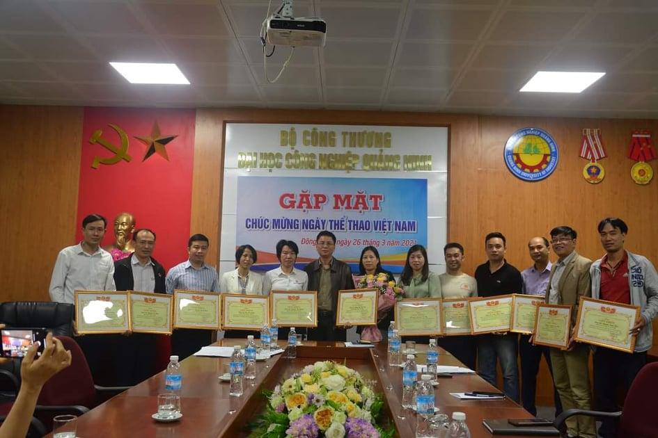 Gặp mặt kỷ niệm 75 năm Ngày Thể thao Việt Nam (27/3/1946 - 27/3/2021)