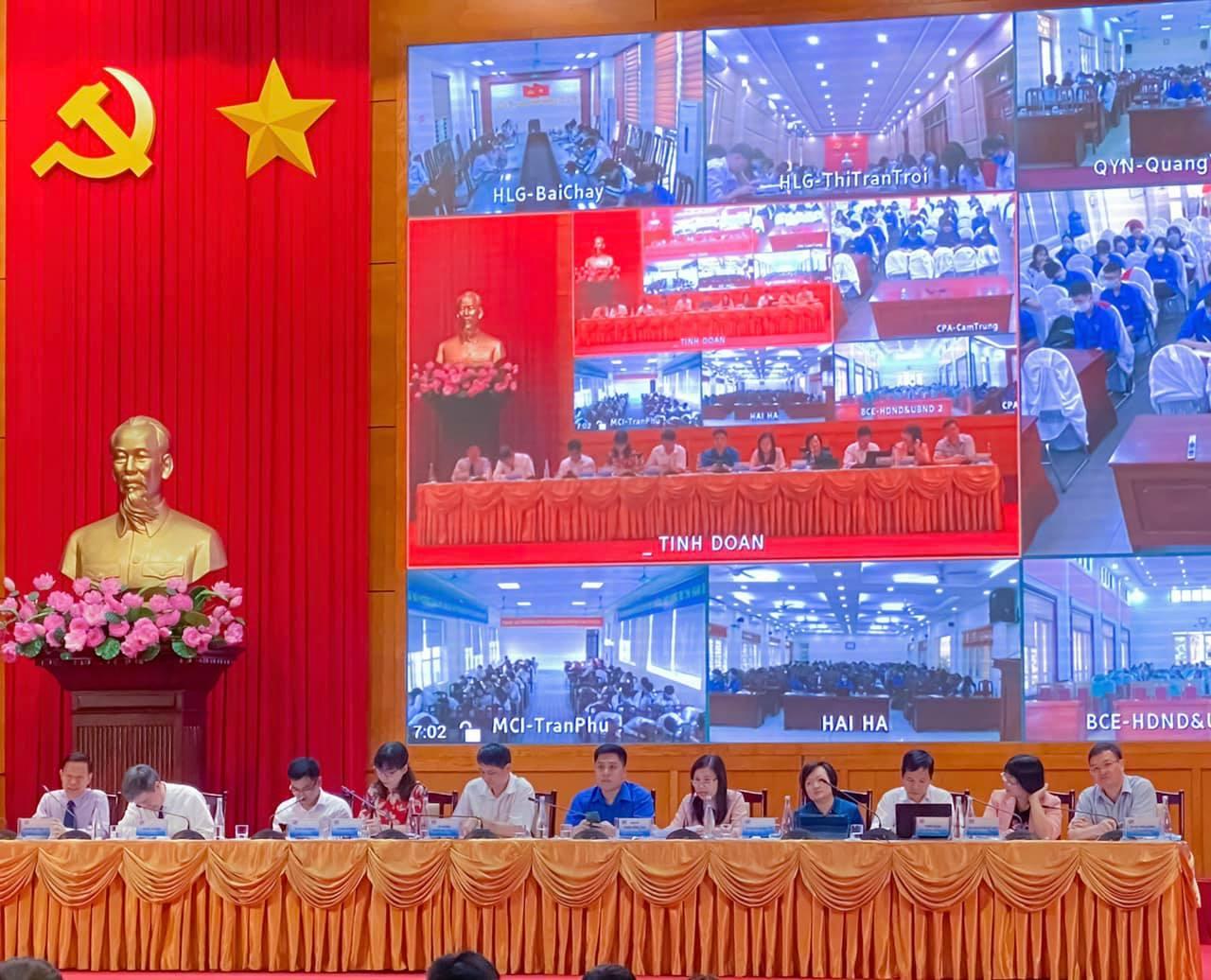 Trường đại học Công nghiệp Quảng Ninh tham gia tư vấn tuyển sinh trực tuyến